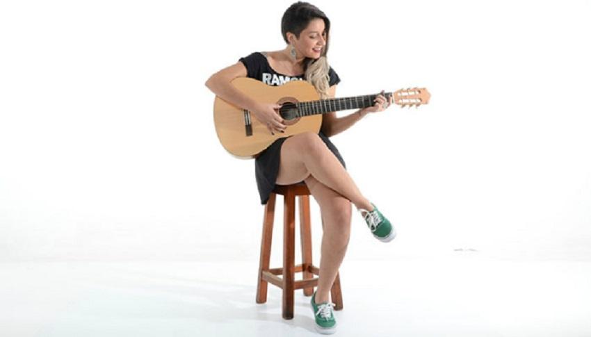 starting playing guitar